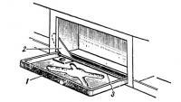 Столик из крышки шкафчика на «Днепре»