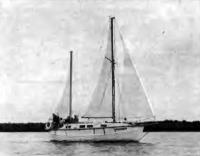 Яхта «Кассандра» под парусами