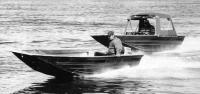 Две лодки «Мастер-410» на ходу