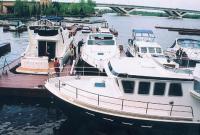 Экспозиция катеров на воде