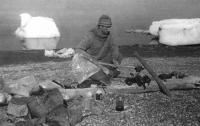 Евгений Смургис отдыхает на берегу