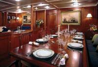 Интерьер салона яхты