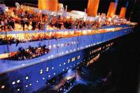 Кадр из фильма Джеймса Кэмерона «Титаник»