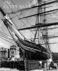 Клипер на вечной стоянке. Фото с обложки проспекта Морского музея в Гринвиче