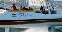 Команда катамарана Cheyenne за работой