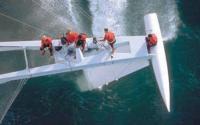 """Команда """"L'Hydroptere"""" за работой"""