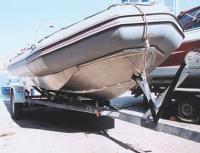 """Лодка """"Фаворит F500A"""" на трейлере"""
