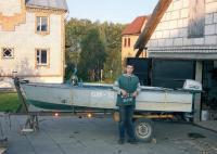 Лодка на переделанном трейлере