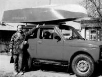 Лодка «Синильга» на крыше автомобиля