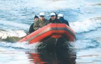 Лодка «Танго-420» на ходу с четырьмя пассажирами