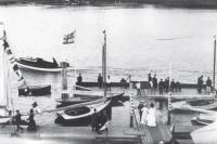 Лодки Речного яхт-клуба у бона, 22 июля 1910 г.