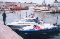 Лодки у причала «Silver Eagle» и «Flipper 620»