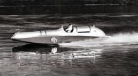 Малькольм Кэмпбелл 19 августа 1939 г. в момент установления своего последнего мирового рекорда