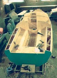 Монтаж элементов обстройки помещений, устанавливается палубный набор, обшиваются палуба