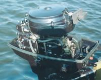Мотор со снятым капотом
