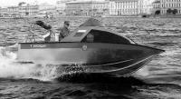 """Моторная лодка """"Альянс"""", вид сбоку"""