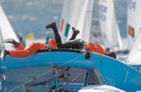 На постановку лодки после опрокидывания была затрачена пара драгоценных минут
