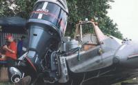 На транце 200-сильный мотор