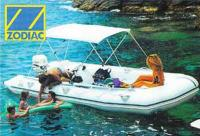 Надувная лодка фирмы ZODIAC