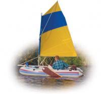Надувная лодка под парусом