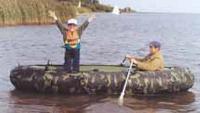 Надувнушка на ходу с веслами