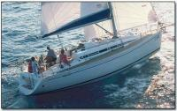 Парусно-моторная яхта Elan 333, вид сбоку
