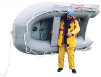 Перенести любую собранную лодку на плече не составляло особого труда
