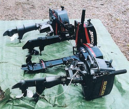 Подвесные моторы на подстилке