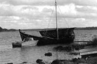 Построенная реплика спущена на воду