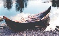 Реконструированная лодка из Туны в Баделунде. Стокгольм, 2000 г.