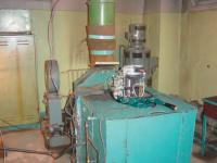 Рис. 7. Мотор на испытательном стенде с ЭТУ