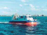 СВП Хивус-10 на ходу по воде
