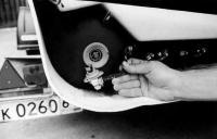 """Трубки подачи воздуха от электропомпы подсоединены к доработанным клапанам от """"надувнушки"""""""