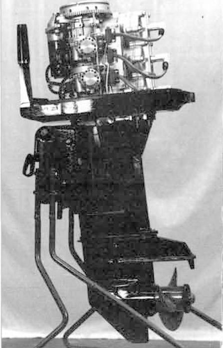 Вариант трехцилиндрового мотора с выхлопом через ступицу