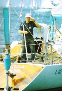 Виктор Языков на своей яхте Лагуна
