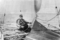 Владимир Игнатьевич Антонов на своем тримаране