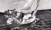 Яхты Джелинайт под парусами