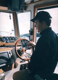 За рулем катера