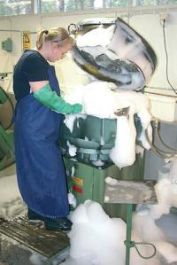 Блесны перед серебрением моют