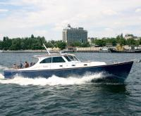 Фото моторной яхты Lagoon 52 HTC на ходу