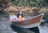 И лодка успешно спущена