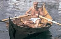 Ивар Отто Мийре из Копенгагена на лодке