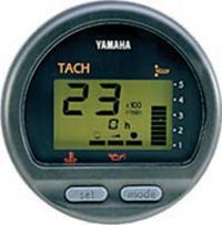 """Комбинированный цифровой тахометр """"Yamaha"""" имеет те же размеры, что и стрелочный"""