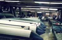 """Лодки """"Yamaran"""" в процессе сборки"""