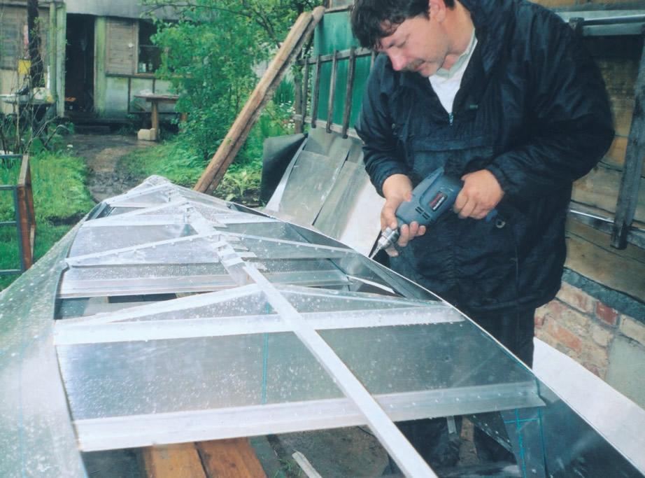 Обшивка лодки листами дюралюминия