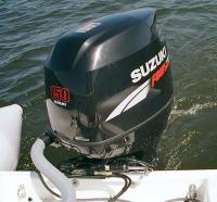 "ПМ ""Suzuki"" мощностью 150 л.с. на транце лодки"