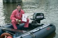 Победитель на своей лодке