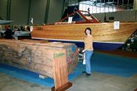 Правильный распил бревна красного дерева — залог качества корпуса судна