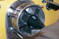 Вид на водомет со снятым соплом: титан и нержавеющая сталь