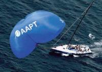 """Яхта """"AAPT"""" с кайтовым парусом"""